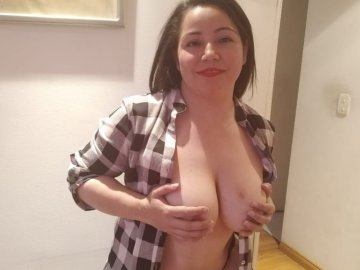 julihot avatar