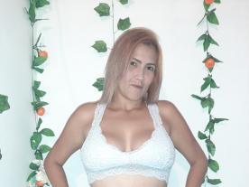 carola-queenn avatar